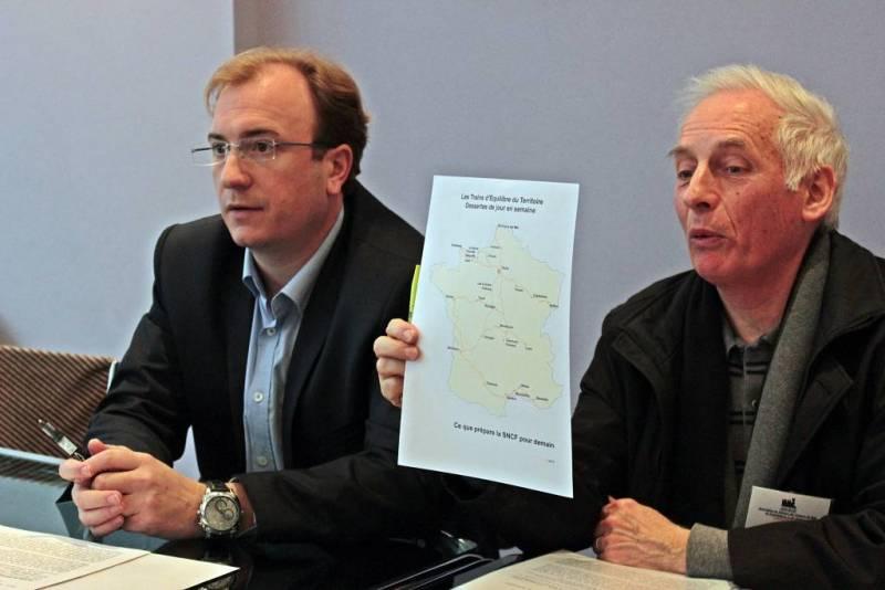 (Simon Leclerc, maire de Neufchâteau et Jean-Pierre Gallet, secrétaire de l'ADURNE)