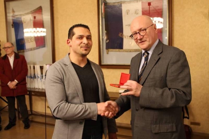 (A gauche : Jamel Hakouti)