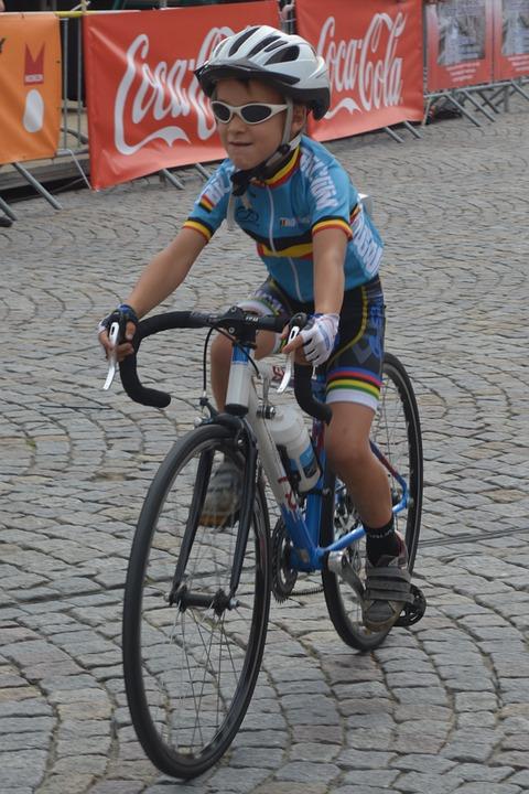 cycling-880385_960_720