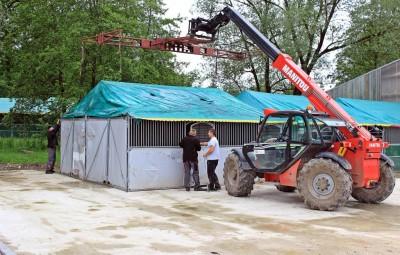L'entreprise vosgienne Cheval Liberté continue d'installer les box