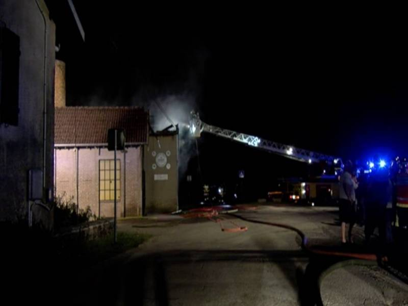 Incendie-Chenimènil-Centre-Equestre2