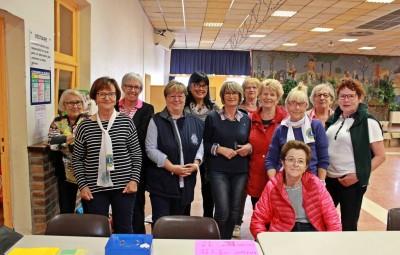 Une partie des membres du Lions Club Eaux Vives et organisatrices de la bourse.