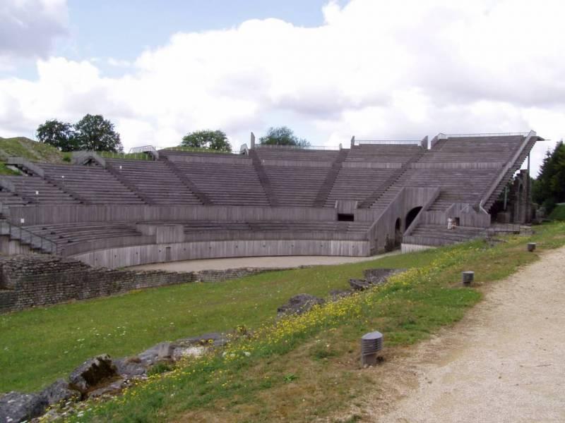 Grand_amphitheatre_vgen