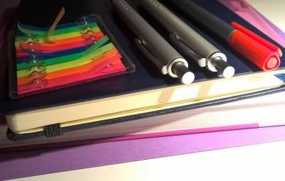 school-supplies-1606148_960_720