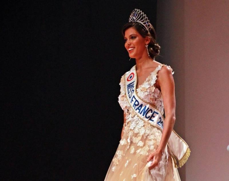 Iris Mittanaere, Miss France 2016.