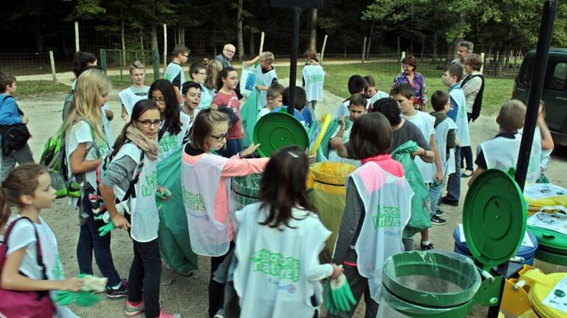 ramassage-déchets-college-Vittel (8)