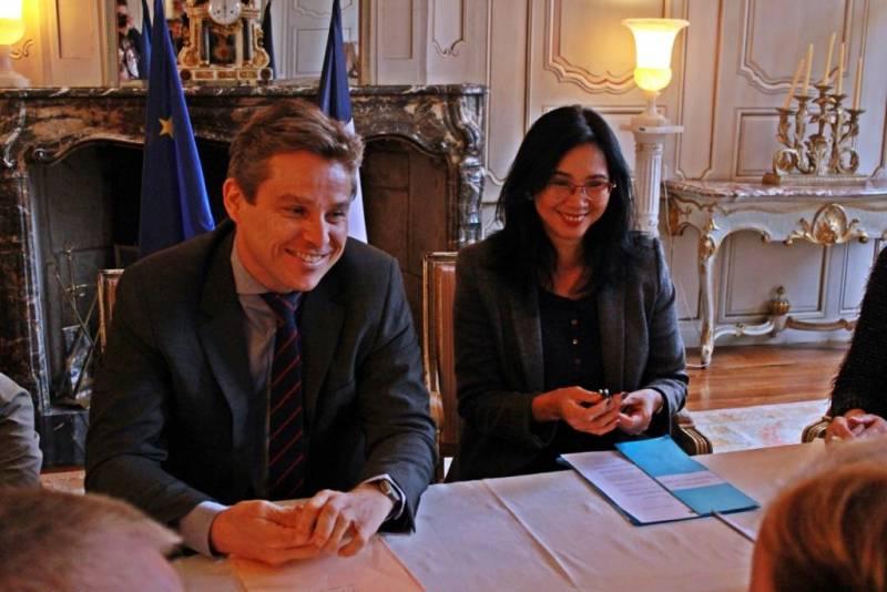 Yann Dacquay, directeur de la DDT et Jeanne Vo Huu Lê, Sous-préfète.