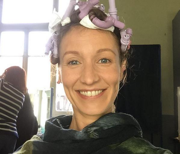 Séance maquillage pour Alexandra Lamy (Photo Instagram)