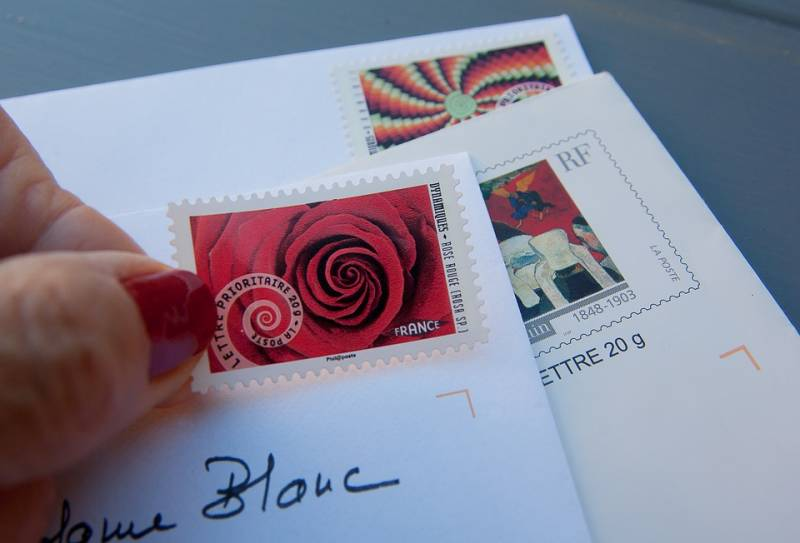 stamps-1712530_960_720
