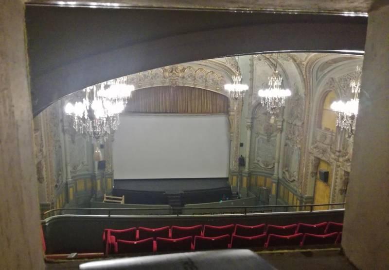 Cinema contrexeville casino casino royale uk release date