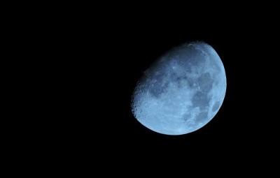moon-1733770_960_720