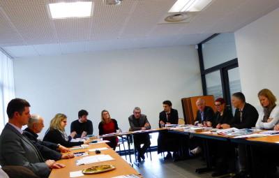 les représentants des différents CFA et le président des MFR vosgiennes étaient présents ce jeudi pour rappeler la diversité des possibilités d'apprentissage dans les Vosges