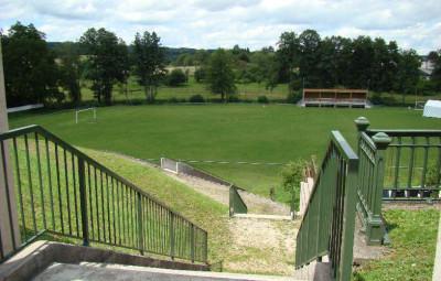 Le stade Rollin à Monthureux-sur-Saône.