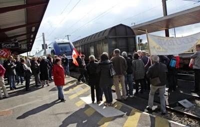 manif-gare-neufchateau (6)