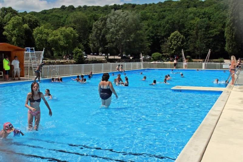 Contrex ville le beau temps au rendez vous pour l for Cash piscine lempdes 63