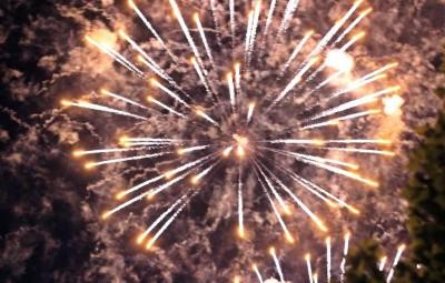 feux-artifices-14-juillet-Contrex (3)
