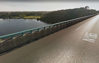 Le véhicule a fini sa course dans la Vilaine, 30 mètres plus bas. CAPTURE D'ÉCRAN GOOGLE STREET VIEW