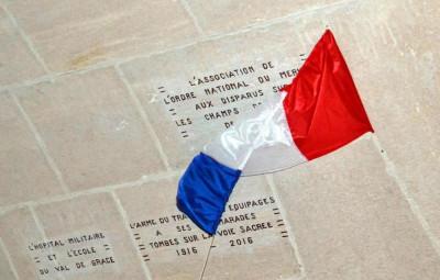 Devoilement_Pierre_Gravée_Douaumont-13