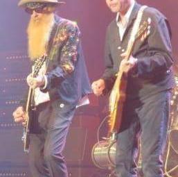 Avec Billy Gibbons à la guitare