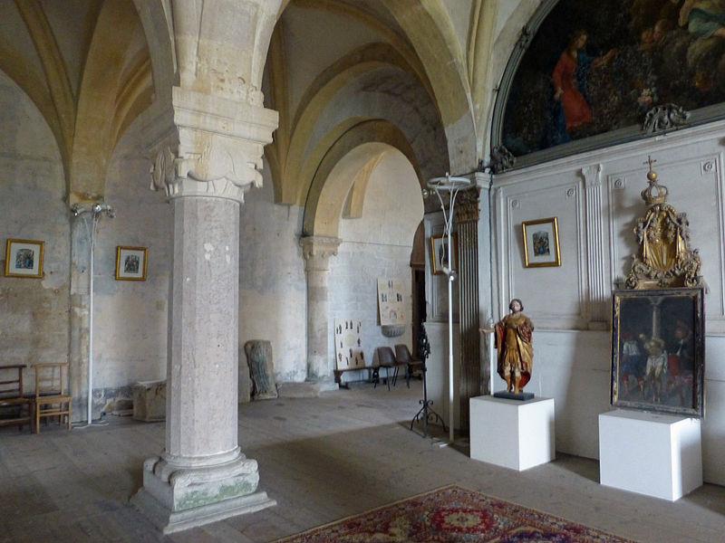 Église_Saint-Nicolas_de_Neufchâteau-Crypte_(8)