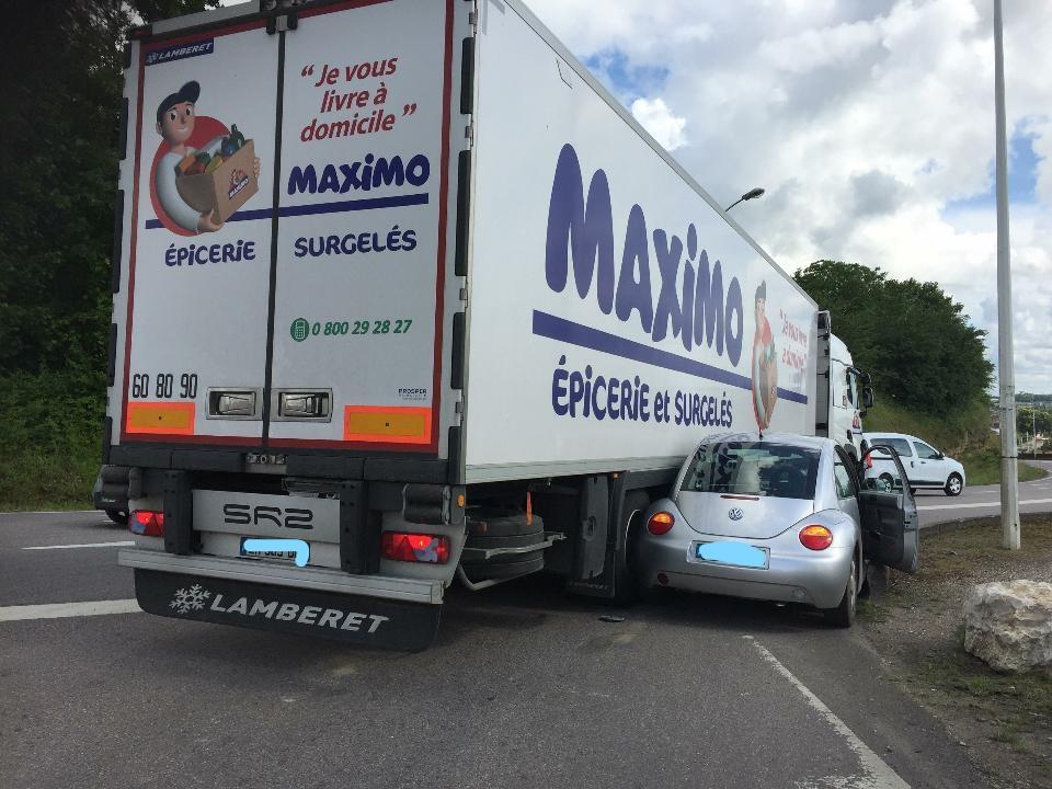 Esto sucede cuando no respetas los camiones