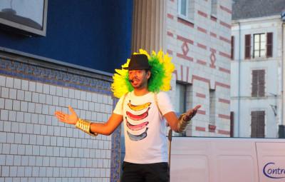 Humoriste, danseur, chanteur, imitateur... Vivien s'est tout faire, ou presque, pour ravir le public thermal.
