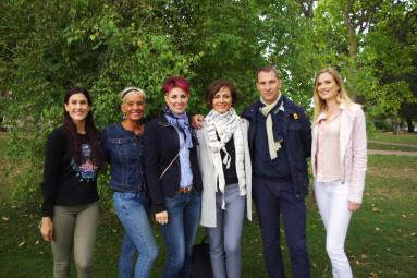Stéphanie Didon (3e en partant de la droite) avec une partie de son équipe dirigeante de bénévoles