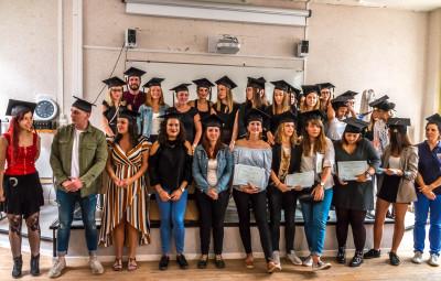 Au terme d'un cycle de trois ans,les infirmiers qui ont obtenu leur diplôme.