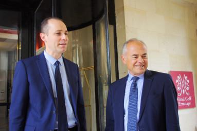 Le sous-préfet Benoît Rohas (à gauche) et le député Jean-Jacques Gaultier.