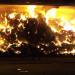 Un brasier qui a consumé plusieurs dizaine de tonne de fourrage, sous la surveillance accrue des pompiers.