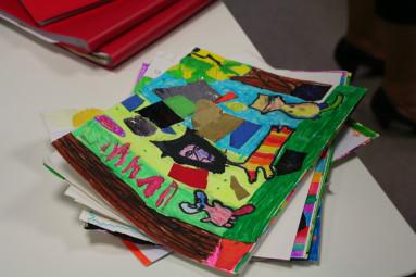 Deux cent dessins ont été réalisés par les écoles.