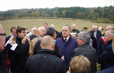 Le ministre, Didier Guillaume, à l'écoute des agriculteurs.