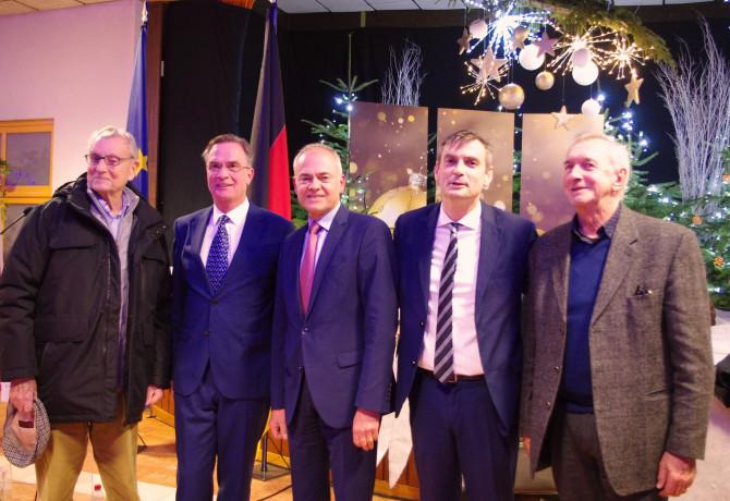 Photo souvenir avec les anciens maire vittellois et le bourgmestre de Badenweiler.