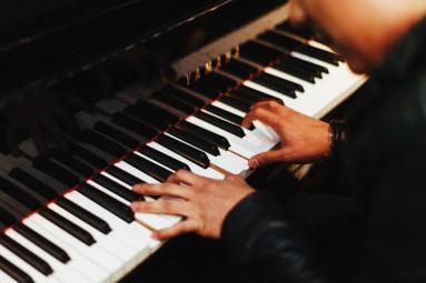 pianist-1149172_1280-1024x682