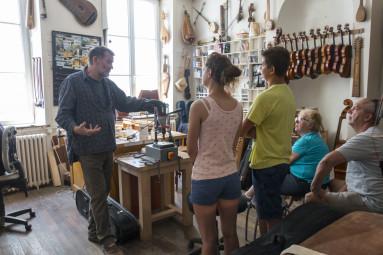 Atelier-luthier-Mirecourt-Ludivine-LEDUC-4