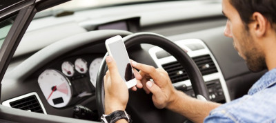 telphone-conduite-voiture