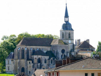 Eglise Saint-Nicolas à Neufchâteau.