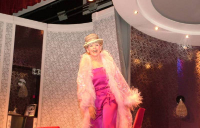 Annie Cordy au théâtre à Vittel (Photos A.B.).