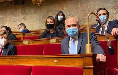 Jean-Jacques Gaultier à l'Assemblée Nationale (au premier plan)