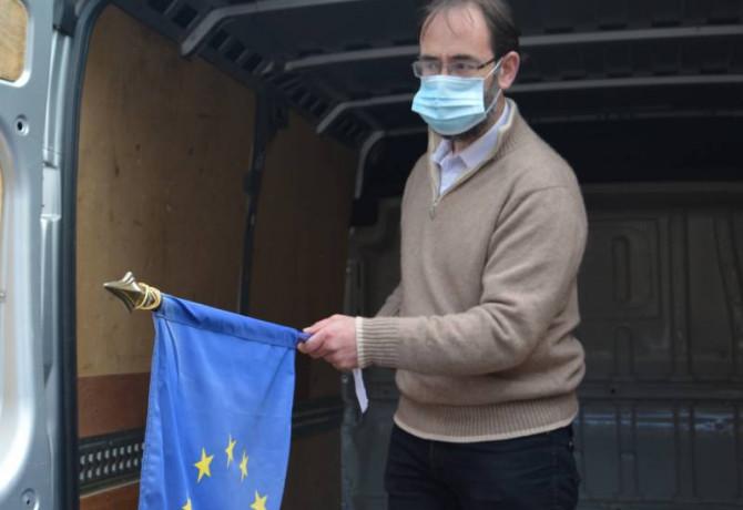 drapeaux européens decrocheurs